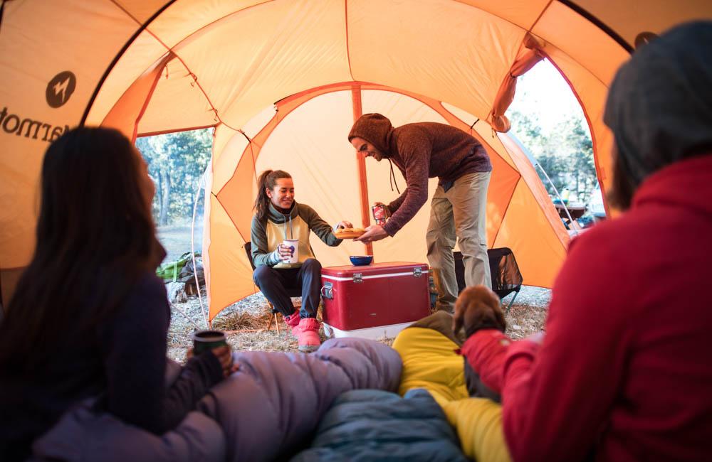 Namiot z dużym przedsionkiem