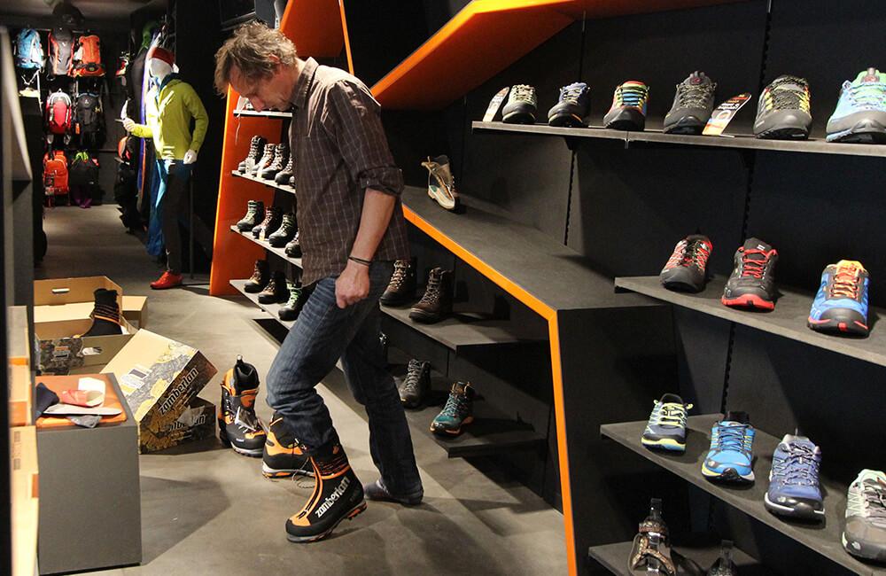 janusz gołąb wybiera rozmiar butów w góry