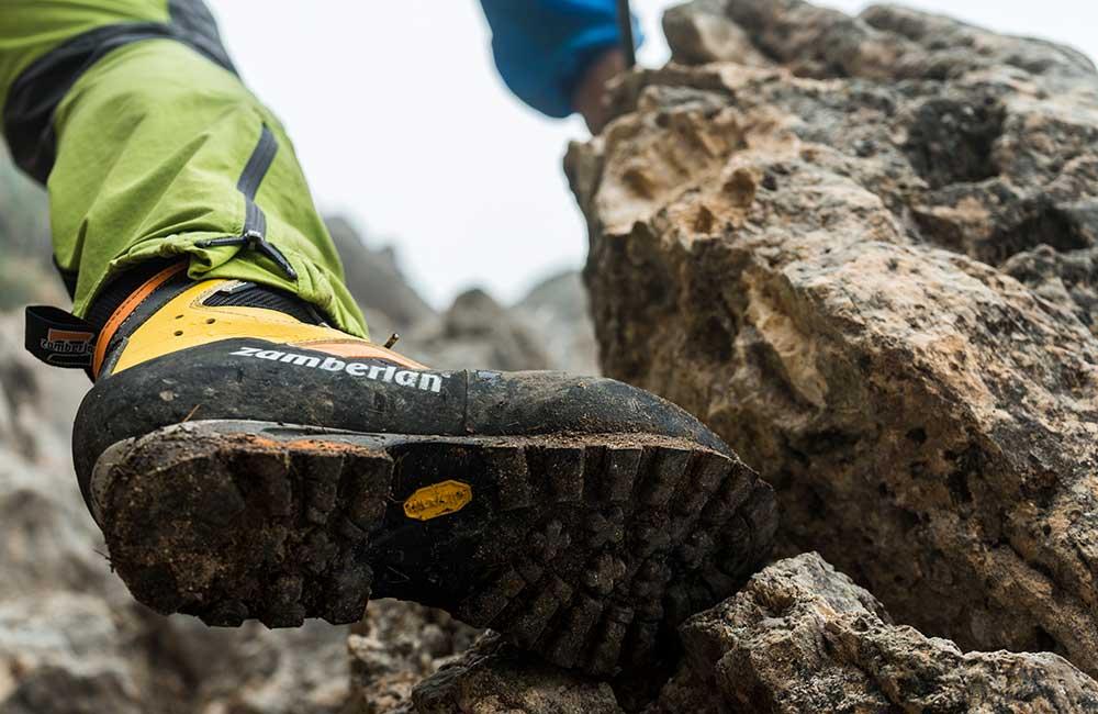 Jak dbać o buty trekkingowe – czyszczenie i pielęgnacja