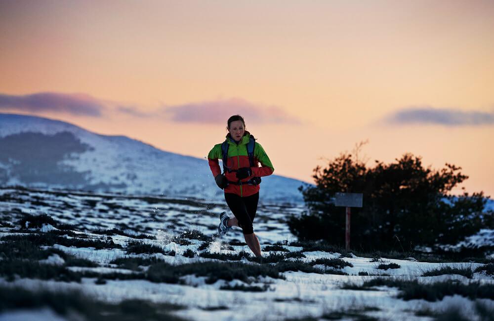 Decydując się na start w górskim biegu, zadbaj o odpowiednią odzież i obuwie (fot. Berghaus)