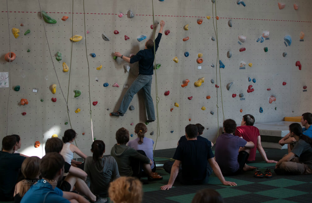 Bez asekuracji nie wspinaj się powyżej bezpiecznego poziomu trzech metrów (fot. autor)