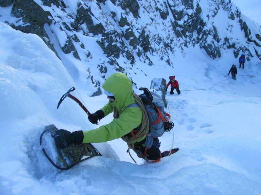 Bezpieczeństwo w górach - wspinaczka ze sprzętem