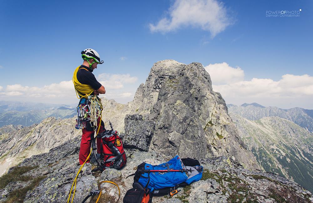 Ekspresy, karabinki oraz kości i friendy Climbing Technology sprawdzą się podczas przejścia Grani Mięguszy