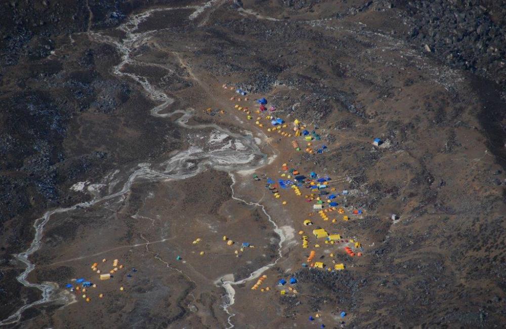 Baza w Himalajach