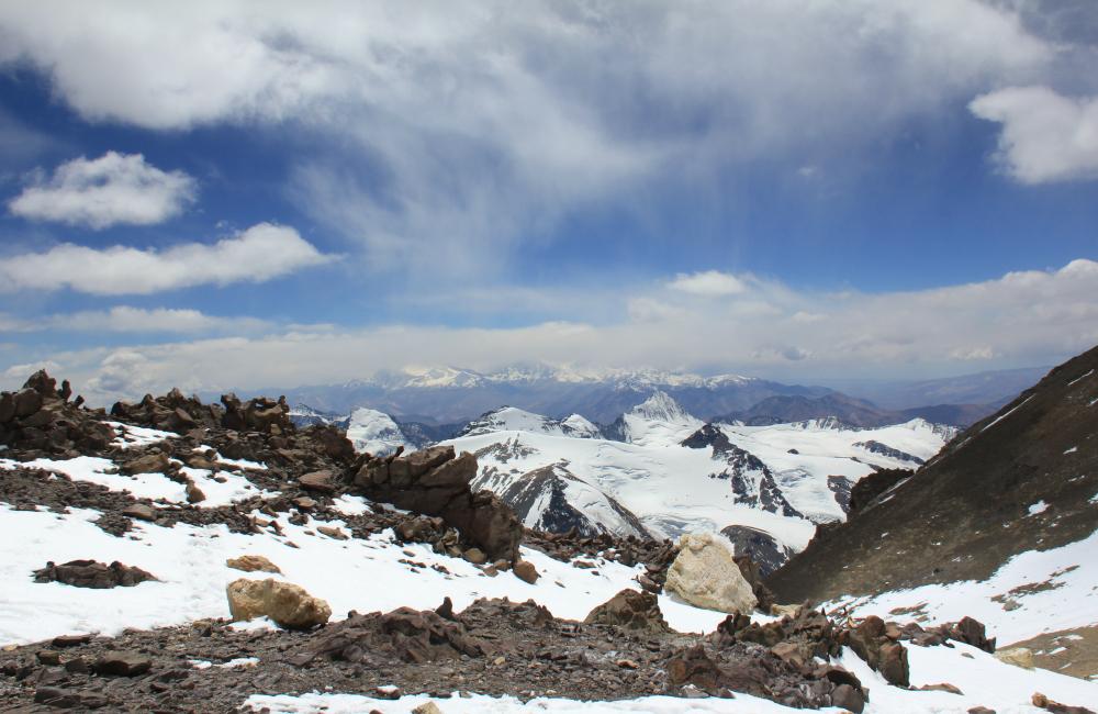 Aconcagua - widok na masyw Mercedario