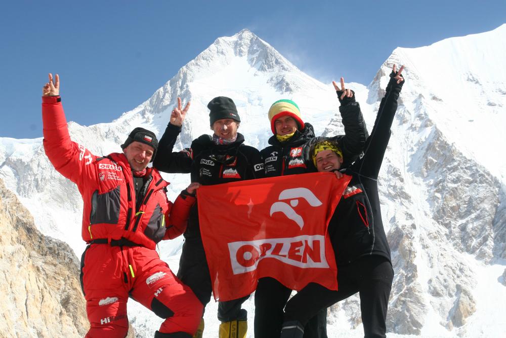 Zimowe zdobycie Gaszerbrum I. Bez Artura Hajzera nie byłoby to możliwe... (fot. ze zbiorów autora)