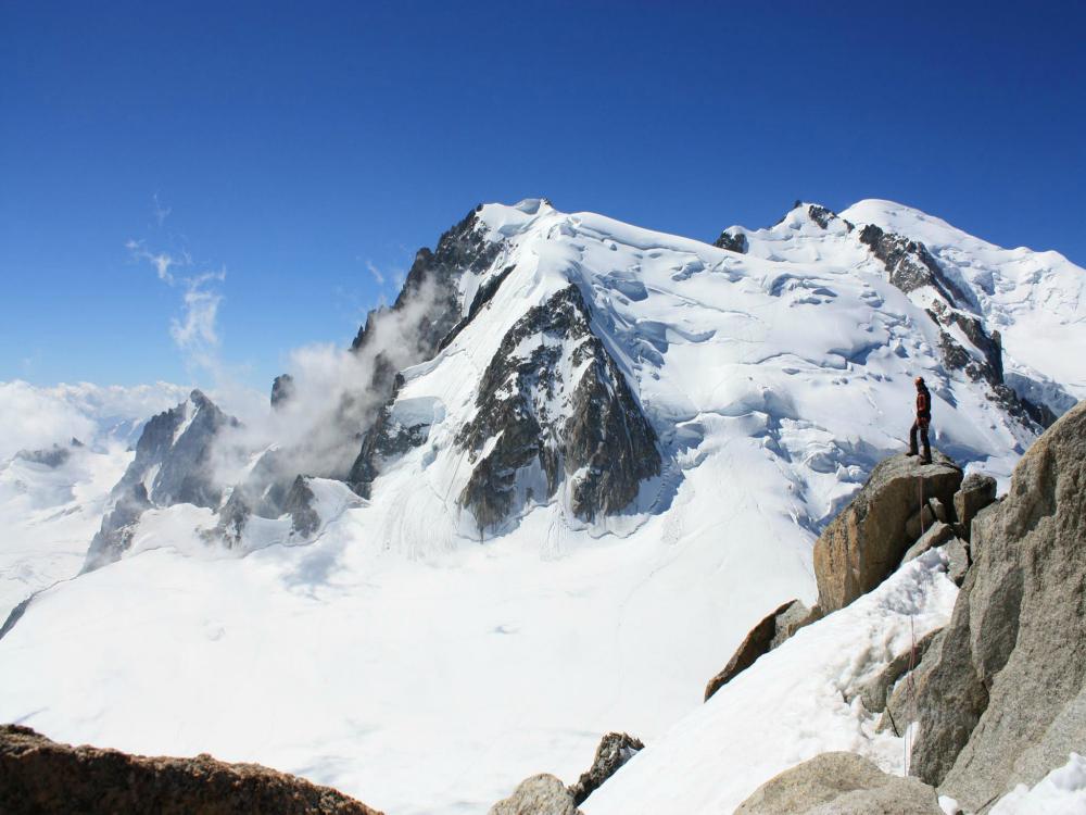 Widok na Triangle du Tacul z Grani