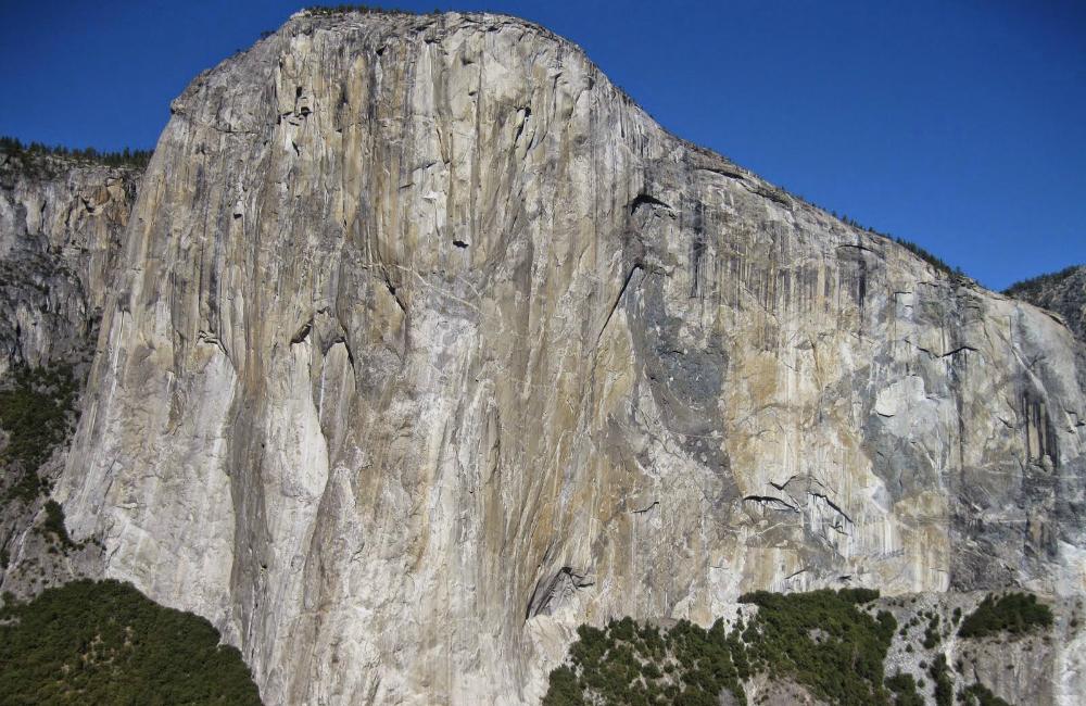 Wizytówka Yosemite- El Capitan w całej okazałości. (fot. autor)