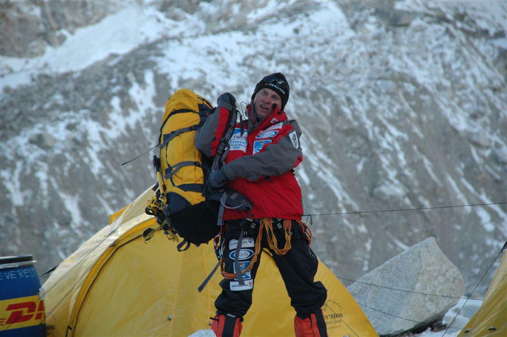 Tomasz Kobielski wyprawa na Mount Everest - wyjście z bazy