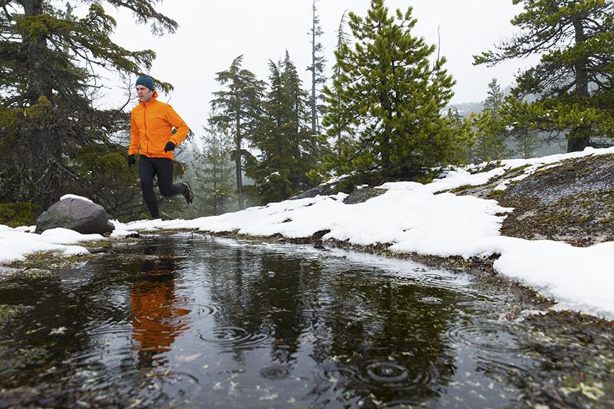 Jak przygotować się zimą do sezonu biegowego?