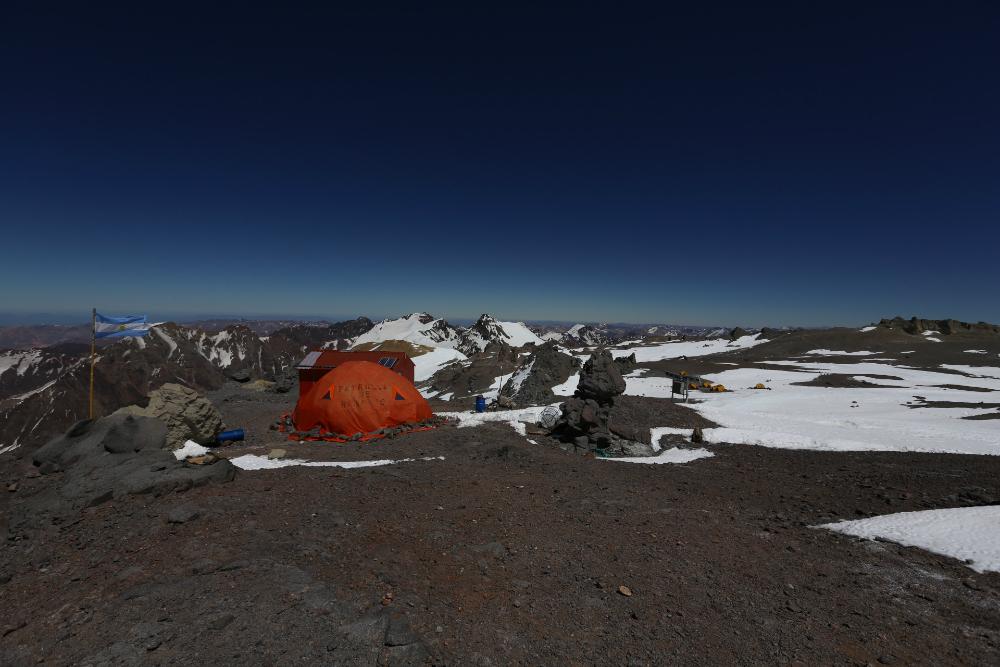Obóz na przełęczy Nido de Condores