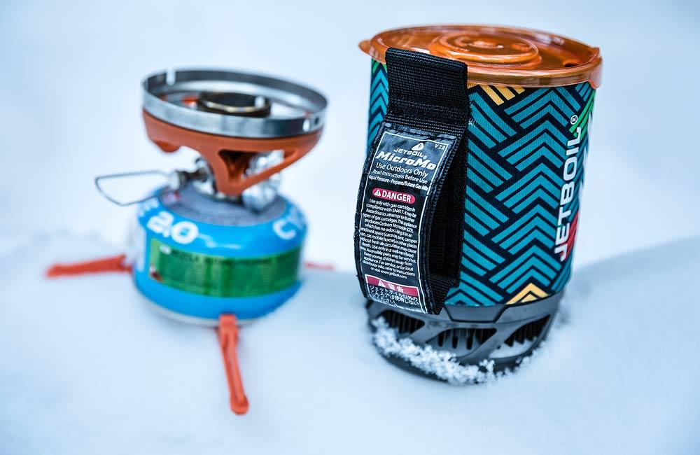 zimowe patenty na gotowanie - kuchenka Jetboil MicroMo