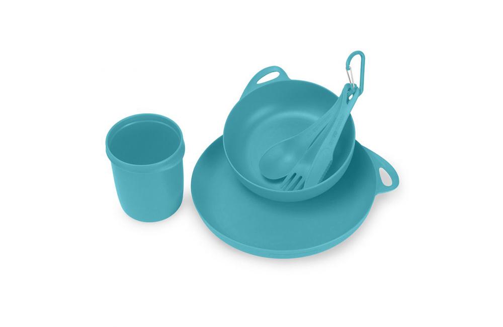 plastikowe naczynia dla turystów