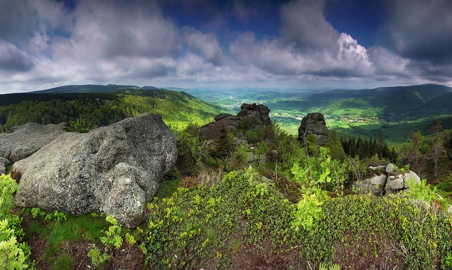 Skałki w Górach Izerskich