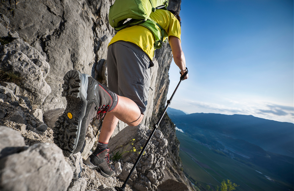 Jakie spodnie w górach wiosną i latem?