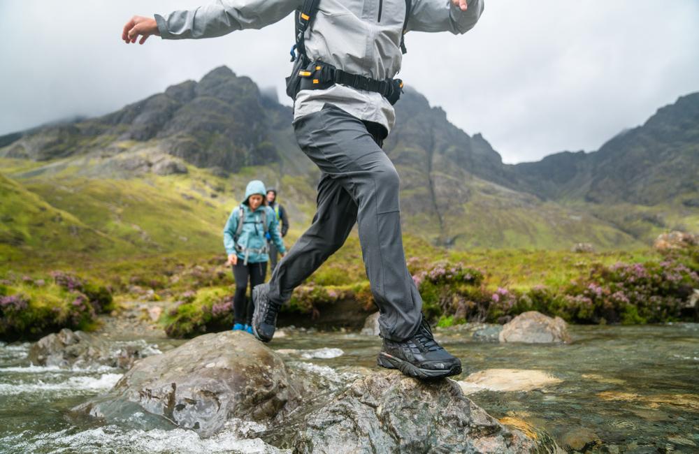 W jakich spodniach iść w góry