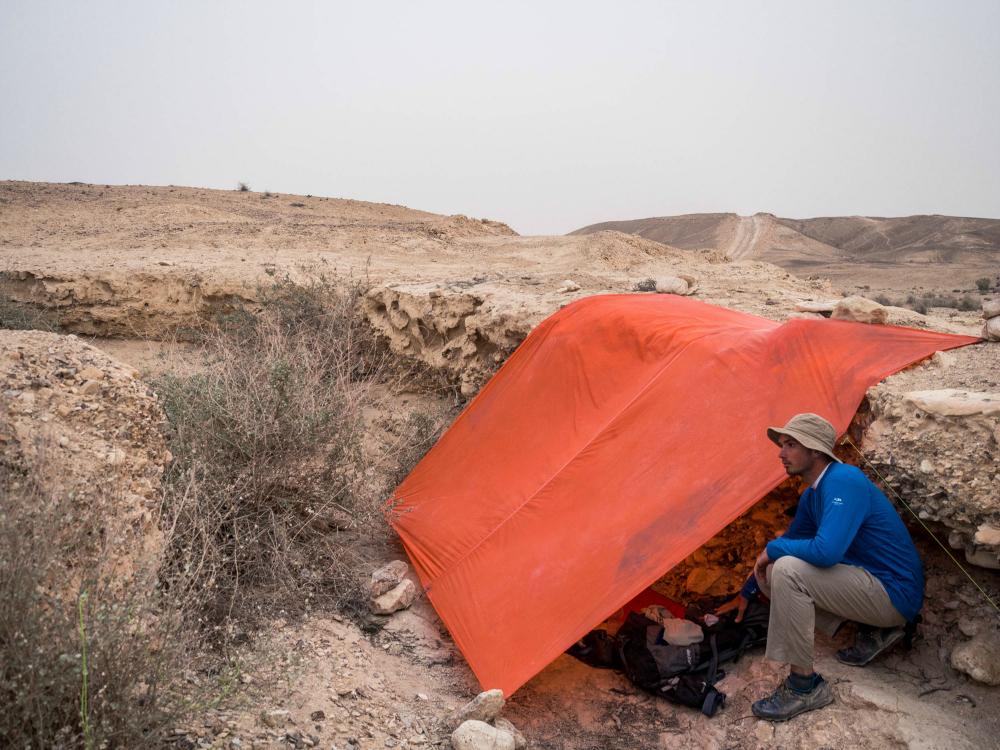 wełna merino sprawdza się w różnych warunkach - Pustynia Negev, Izraelski Szlak Narodowy
