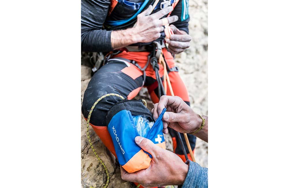 Apteczka z wyposażeniem na góry