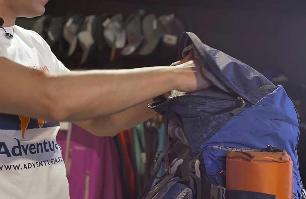 W jaki sposób spakować plecak?