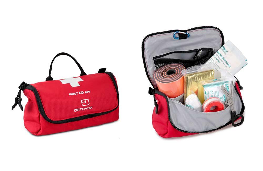 dobrze wyposażona apteczka turystyczna - Ortovox First Aid Pro