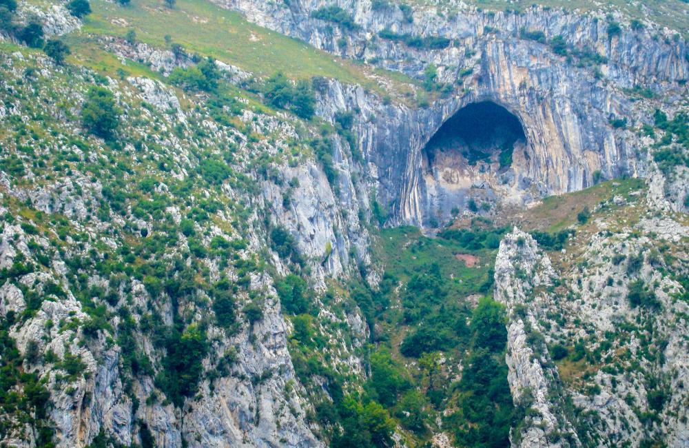 Hiszpania gdzie w skały