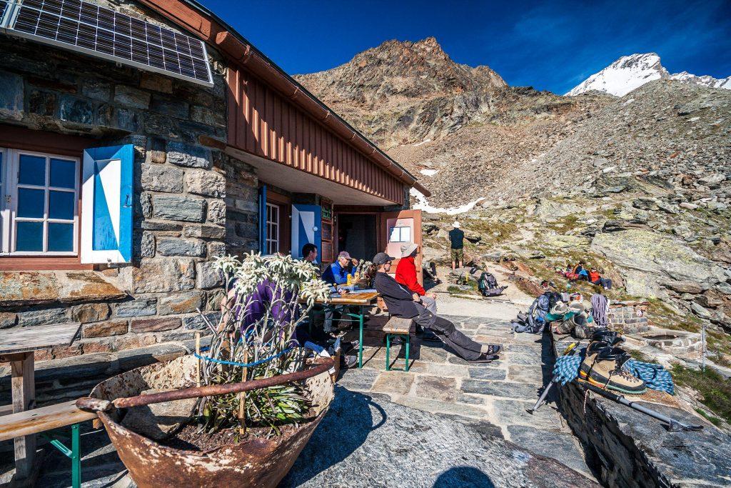 Via Alpina - Schronisko w Alpach Walijkskich