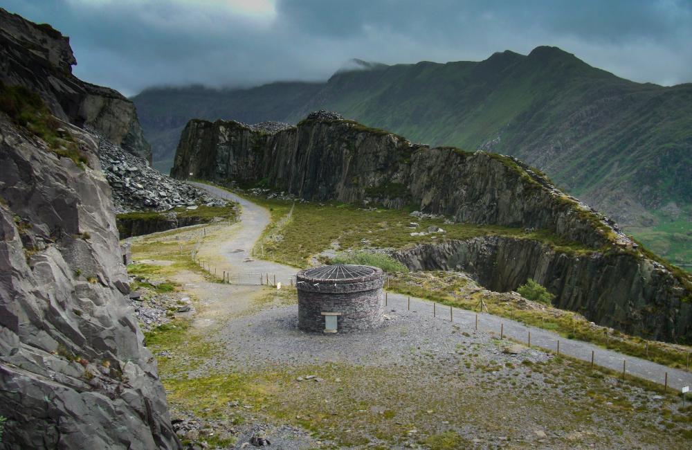 skałki w Walii