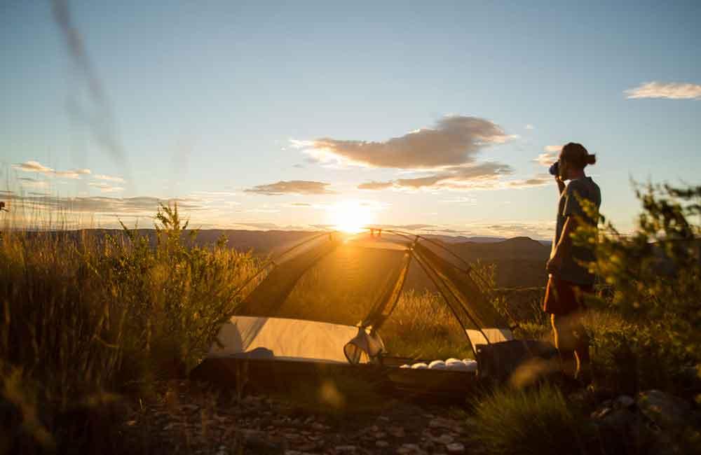 namiot dla rowerzysty powinien być łatwy do rozłożenia