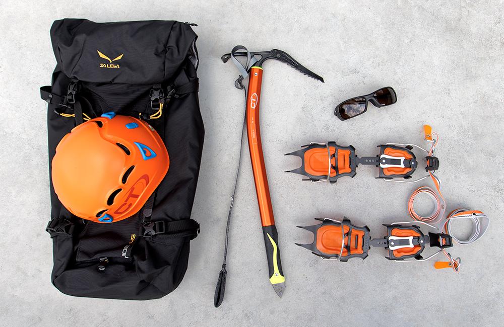 raki, kask i czekan - niezbędnik górski