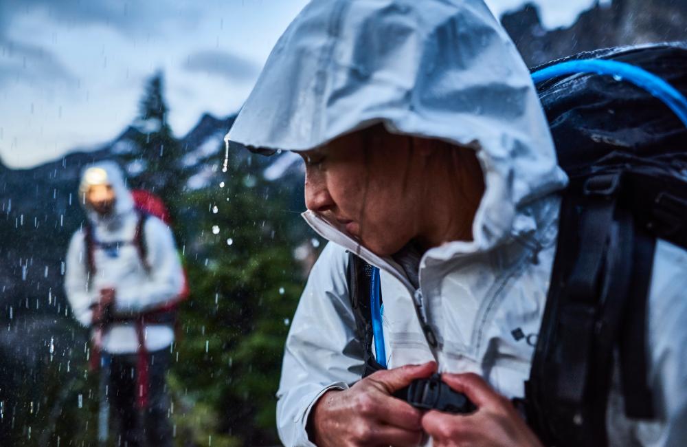 Hardshell czy softshell - na duży deszcz przyda się kurtka z membraną