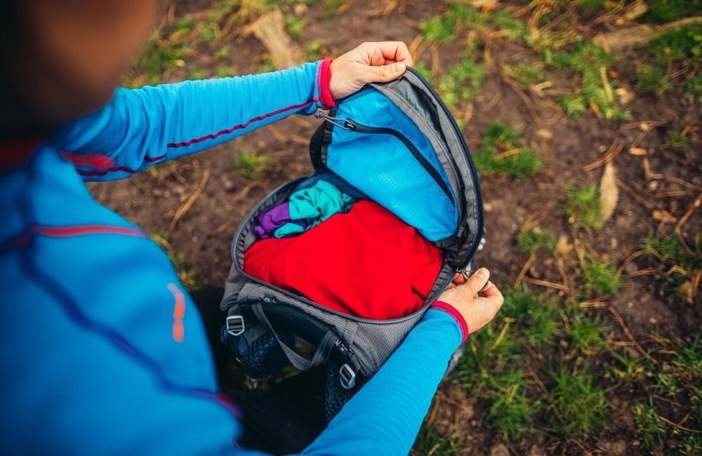 właściwe rozłożenie ciężaru w plecaku to podstawa dobrego pakowania