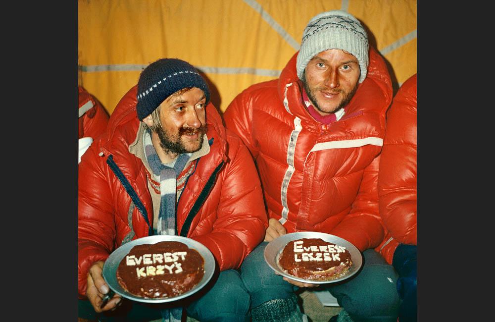 Mount Everest zimą