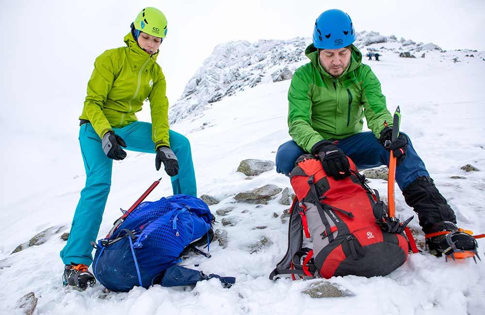 Zimowe rękawiczki w góry