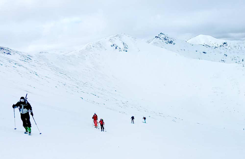 Gdzie w Tatrach można jeździć na skiturach