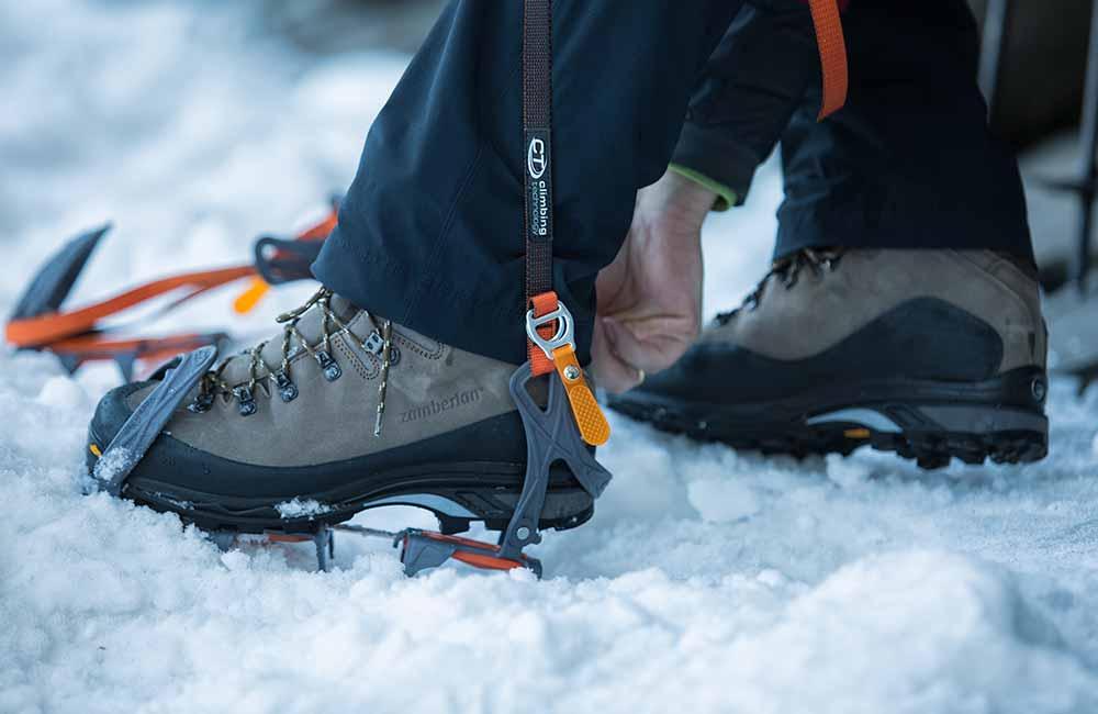 13205a06df7bd Kupując buty zimowe w góry, warto zdecydować się na model ze sztywną  podeszwą, która będzie chciała współpracować z rakami. (fot. Piotr Deska)
