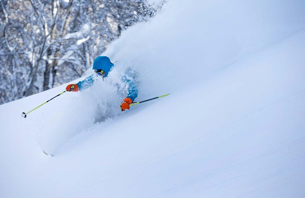 zjazd na skiturach