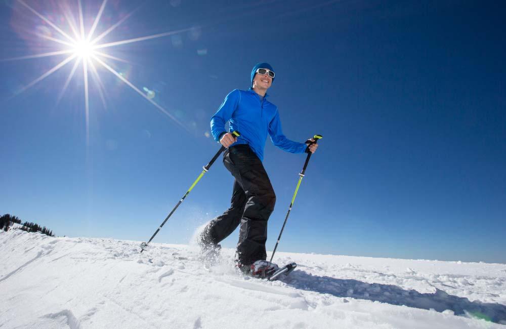 zima w górach - rakiety śnieżne