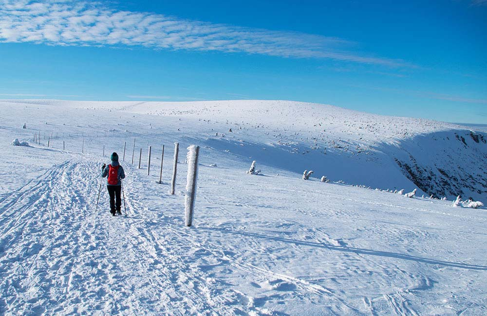 Równia pod Śnieżką na nartach