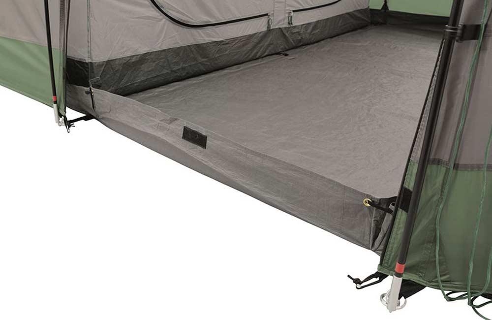 namiot z wodoodporną podłogą