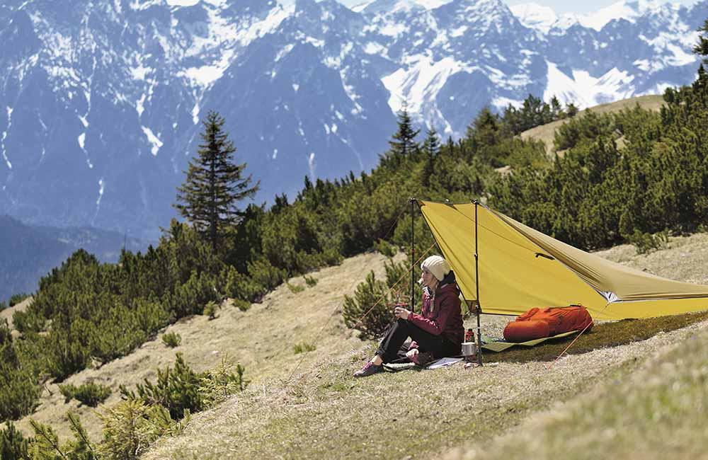 Na czym spać w namiocie - poradnik