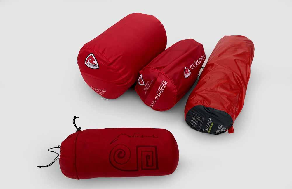 Elbrus - sprzęt do spania - Śpiwór, mata samopompująca i namiot
