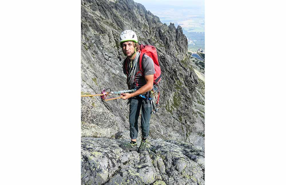 Jaki sprzęt wspinaczkowy zabrać w góry