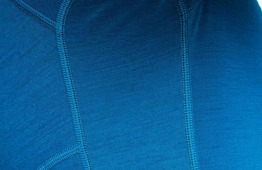 Specjalna faktura materiału w panelu w odzieży Icebreaker BodyfitZONE