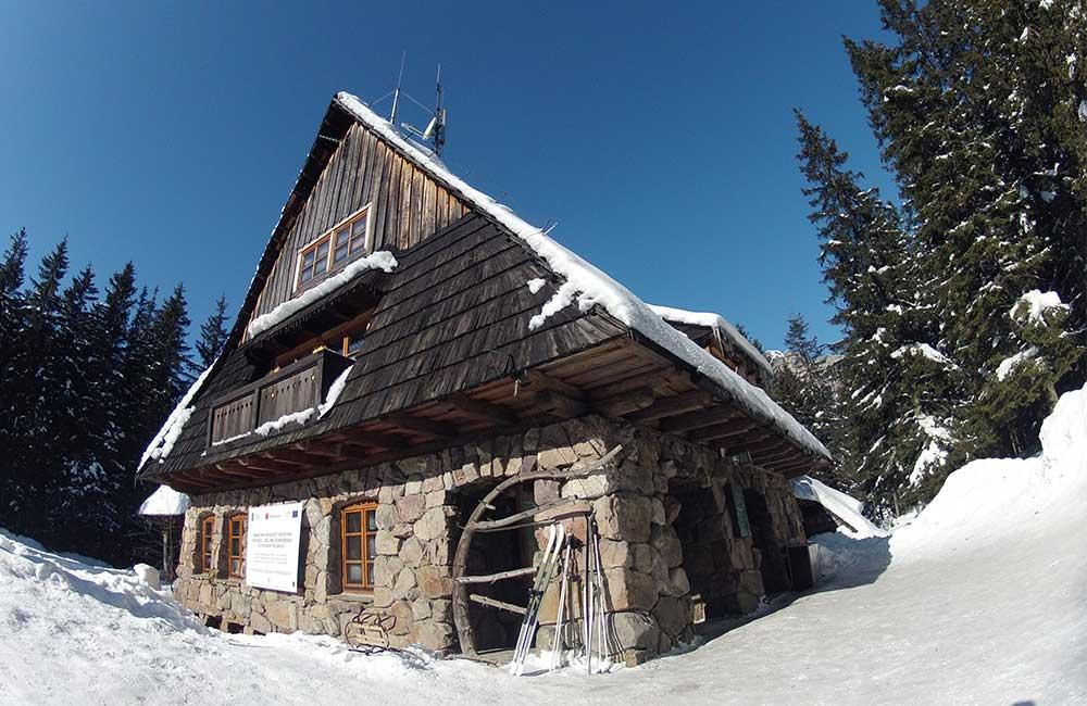 Schroniska w Tatrach Zachodnich