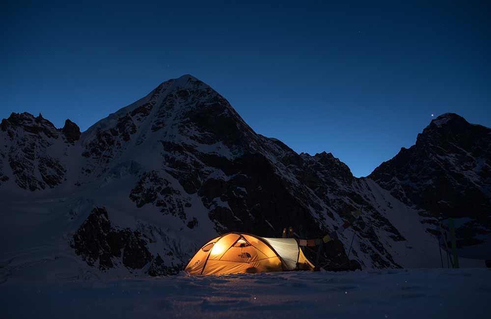 Namiot ekspedycyjny na zimę