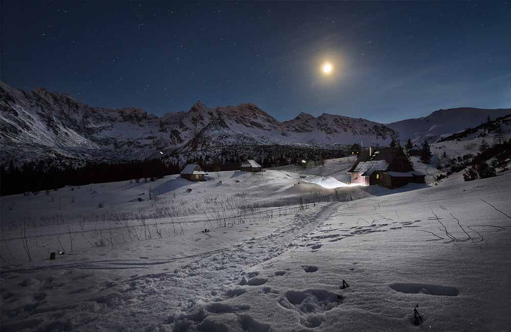 Co wziąć zimą w góry