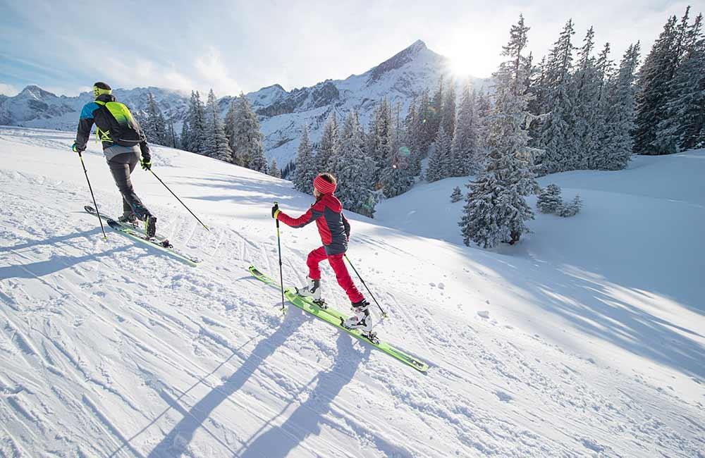 Jakie wiązania na skitury