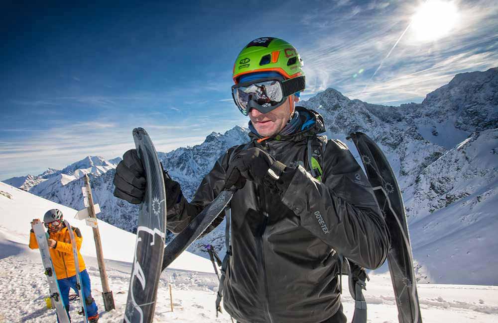 Jaki kask na skitury?