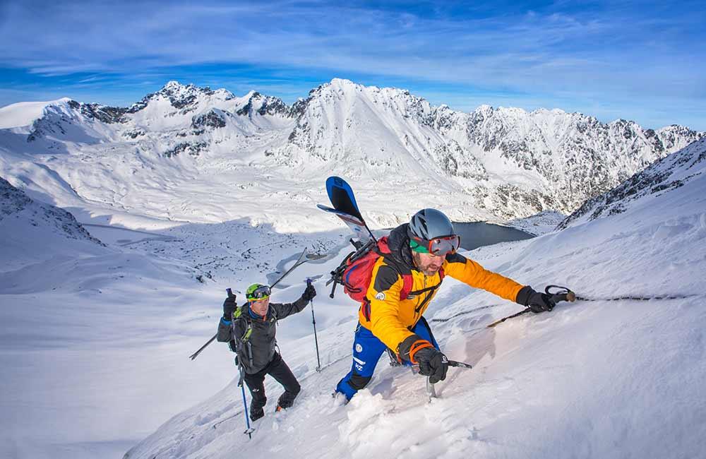 Co zabrać na skitury?