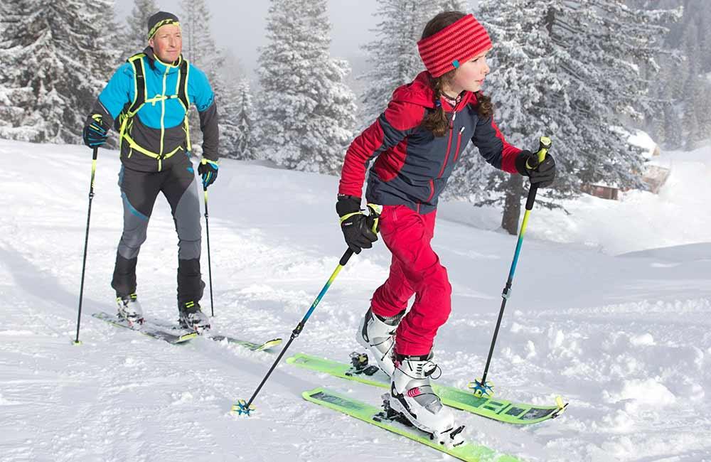 Jak dobrać długość kijków narciarskich skiturowych